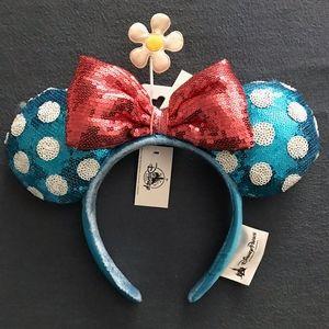 Disneyland Vintage Minnie Mouse Ears